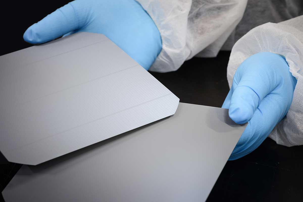 SolarWorld Monocrystalline Silicon Wafers presented by Perth Solar Warehouse